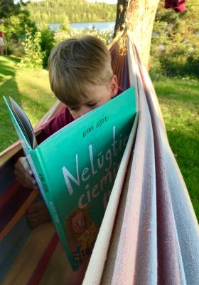 Lasīšanas veicināšana
